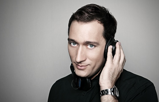 Paul van Dyk Featuring Arty – The Ocean