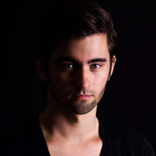 Boanghouse Interviews Lifeline Remixer, Dyro