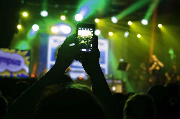 phone-at-festival-600