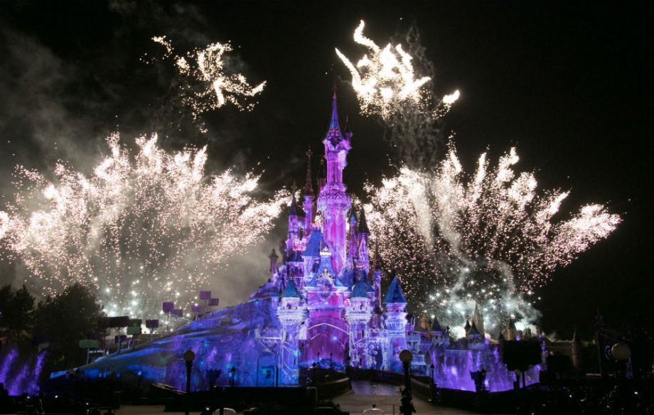 Disneyland-Paris-920x584